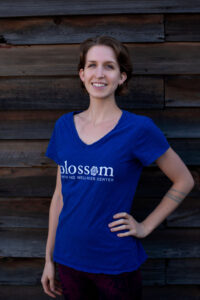 sidney mertens birth assistant at blossom birth and wellness center in phoenix arizona natural birth doula
